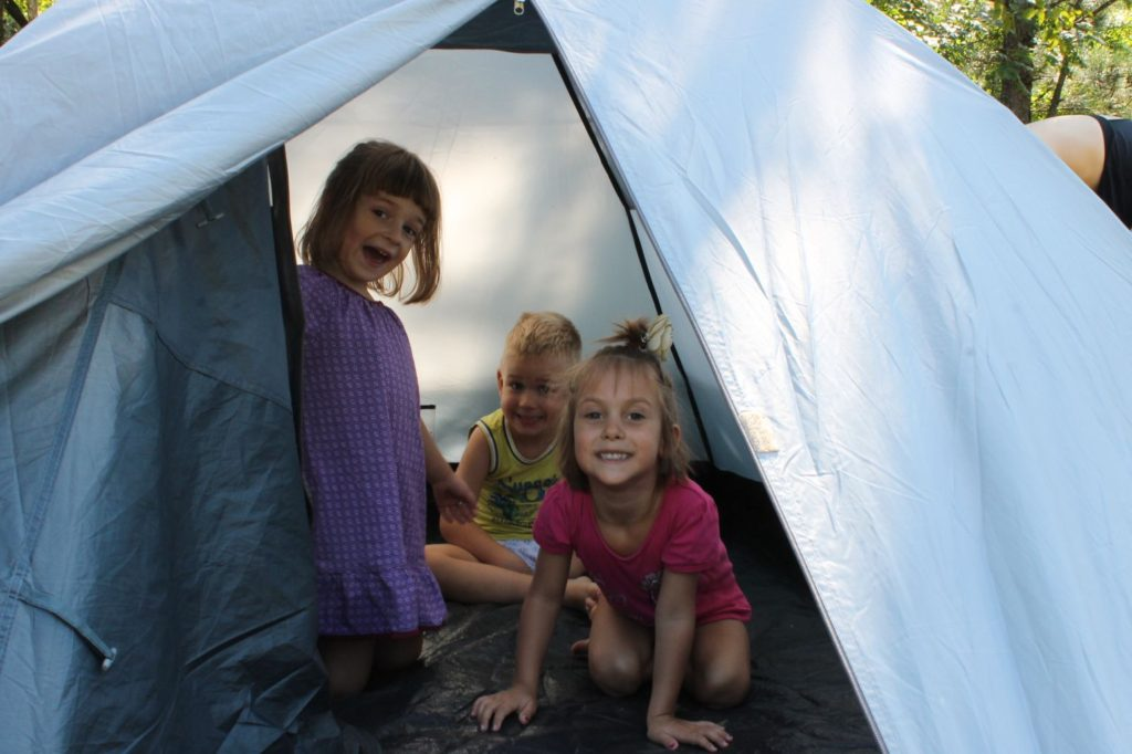 camping gives kids confidence