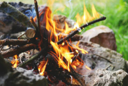 how to make a fire in the woods