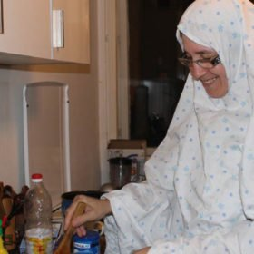 refugee-making-me-dinner