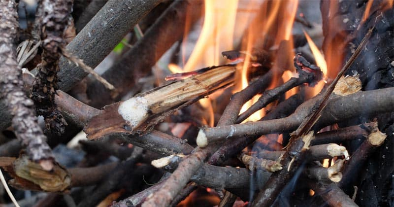 ways to lay a fire