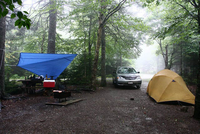 camping tarp setup