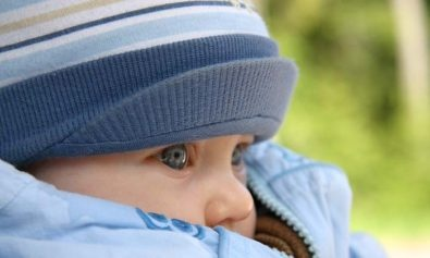 hiking with a baby in the cold