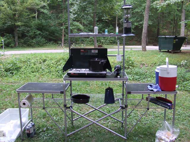 how to choose a portable camping kitchen