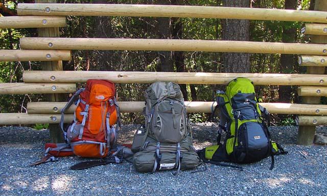 proper hiking backpacks